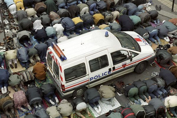 Paris 2011 une photo expressive contre info - Comment porter plainte contre une mairie ...