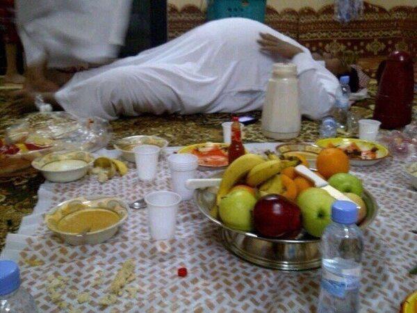 http://www.contre-info.com/wp-content/uploads/2013/07/ramadan-obesite.jpg