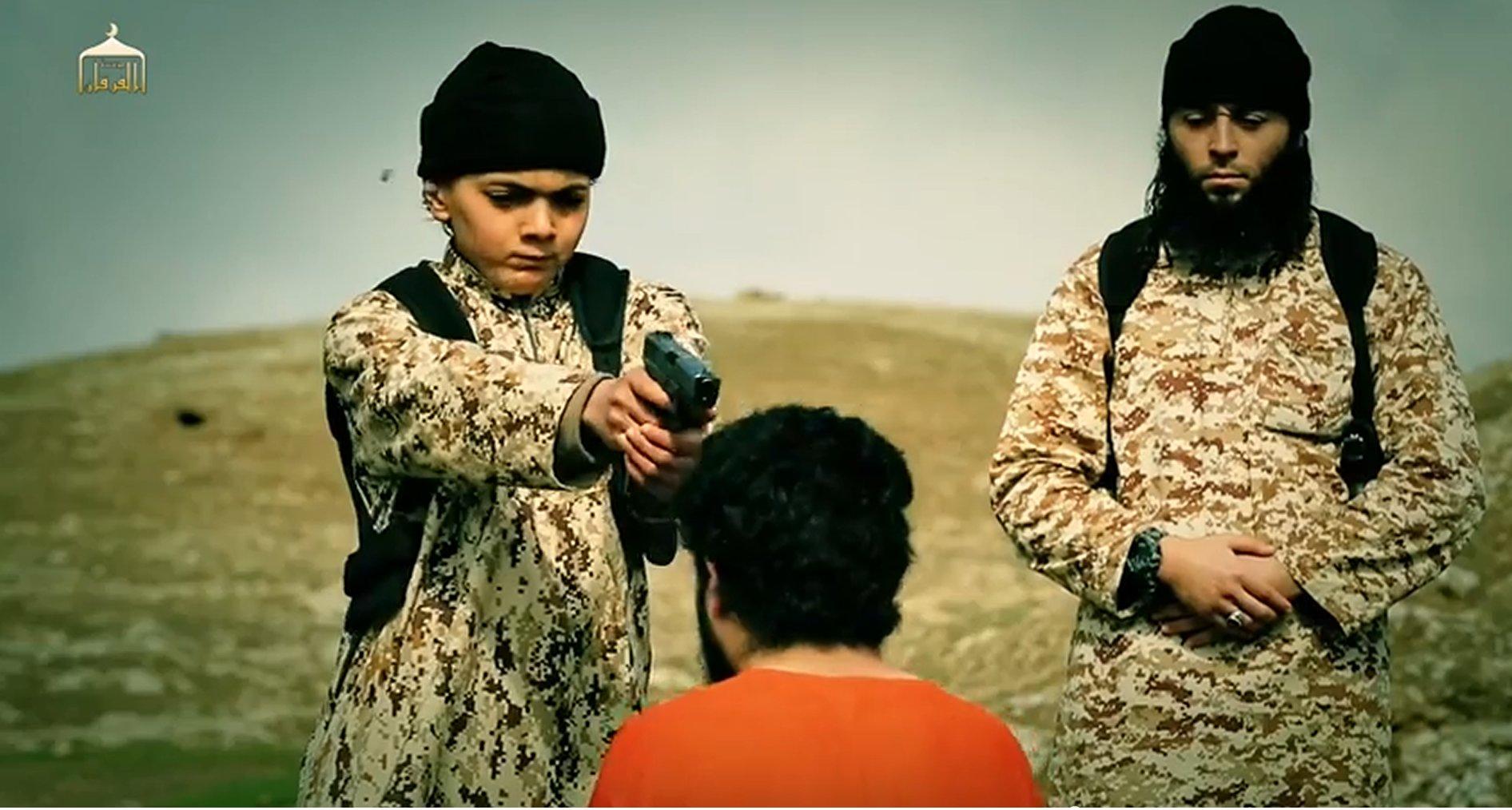 Résultats de recherche d'images pour «enfants assassin djihadiste»